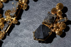 Radioactive jewellery